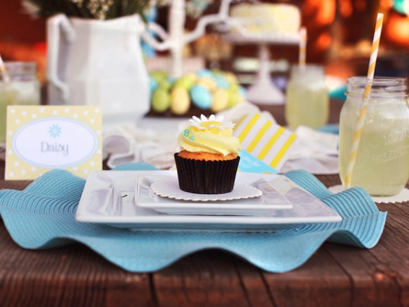 Original_Easter-Kim-Stoegbauer-Place-Setting-Cupcake_s4x3_lg